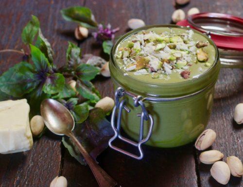 Crema spalmabile al pistacchio e cioccolato bianco