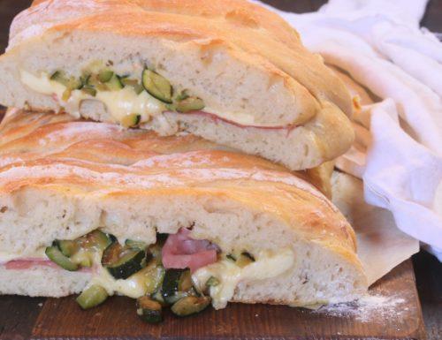 treccia salata con montasio zucchine e mortadella