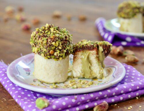 funghetti di pane con pistacchio e cioccolato