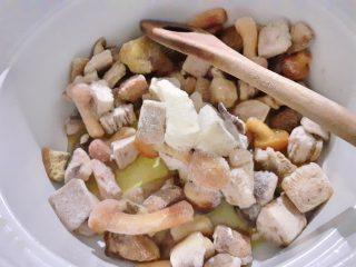 purée classico con sugo ai funghi (ricetta facile e veloce)