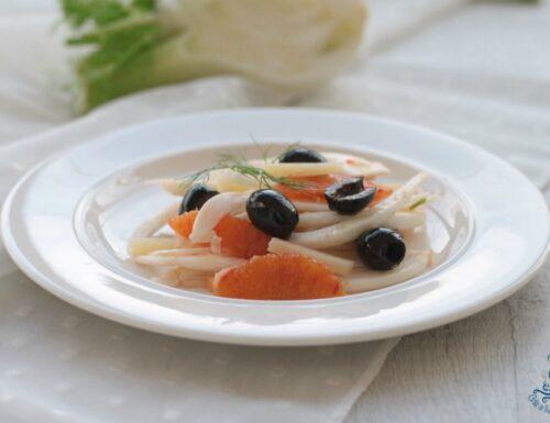 Insalata di finocchi e arance, ricetta contorno facile e veloce