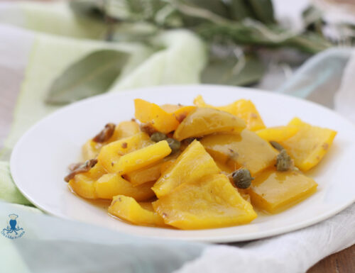 Peperoni con acciughe e capperi, ricetta di facile preparazione