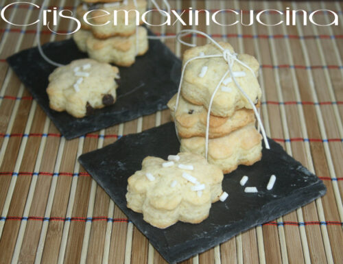 Le gocciole con granella di zucchero, ricetta dolce
