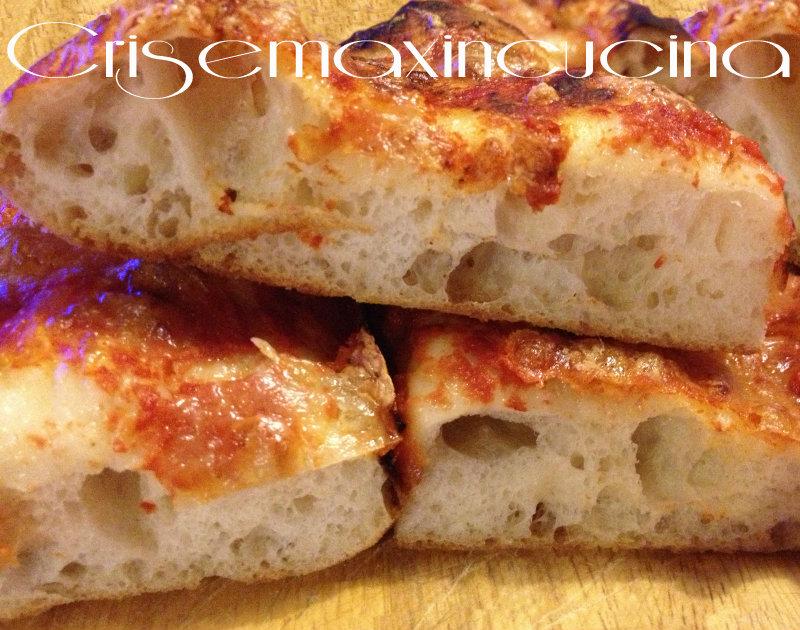 Impasto fatto a mano pizza bonci ricetta lievitata for Pizza con planetaria