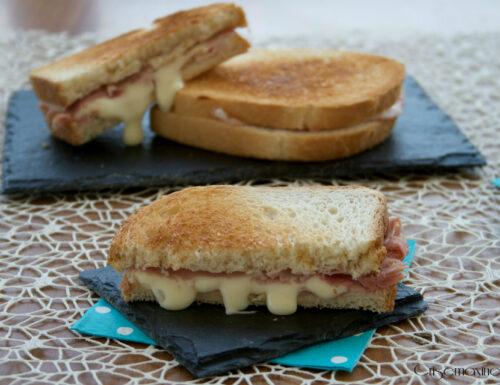 Toast in padella, ricetta veloce
