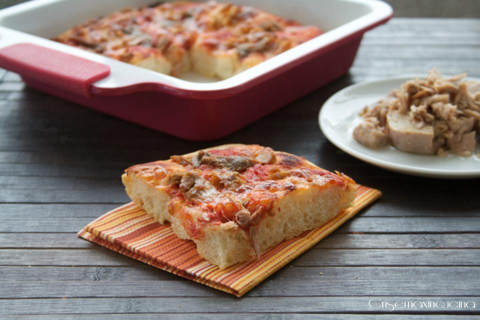 pizza bonci acciughe e tonno