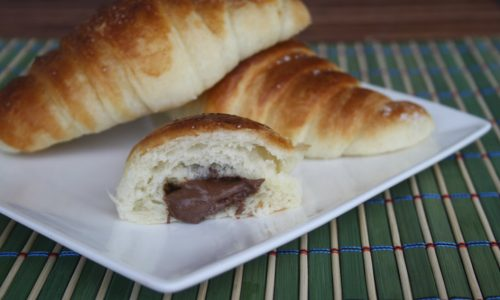 Croissant sfogliati con la nutella, ricetta golosa