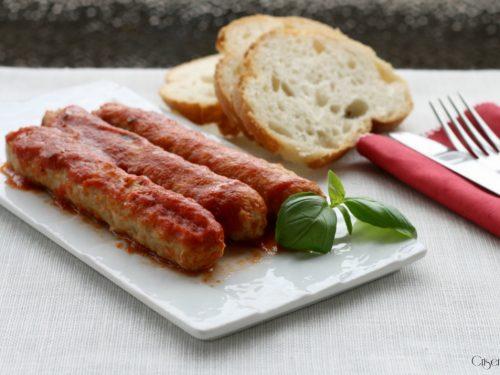 Salsiccia al sugo, ricetta secondo piatto