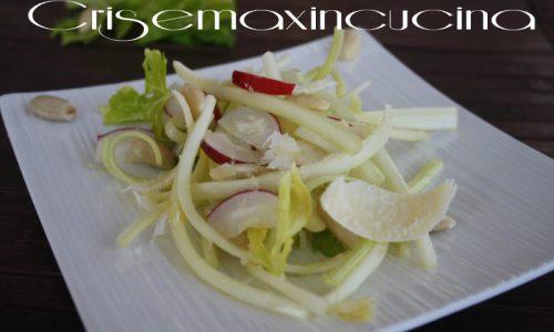 Insalata di sedano e parmigiano, ricetta raffinata