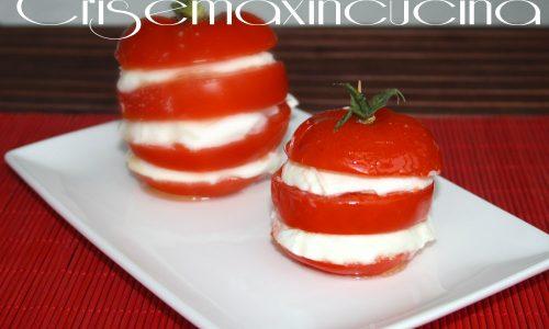Caprese bufala e pomodori, ricetta classica