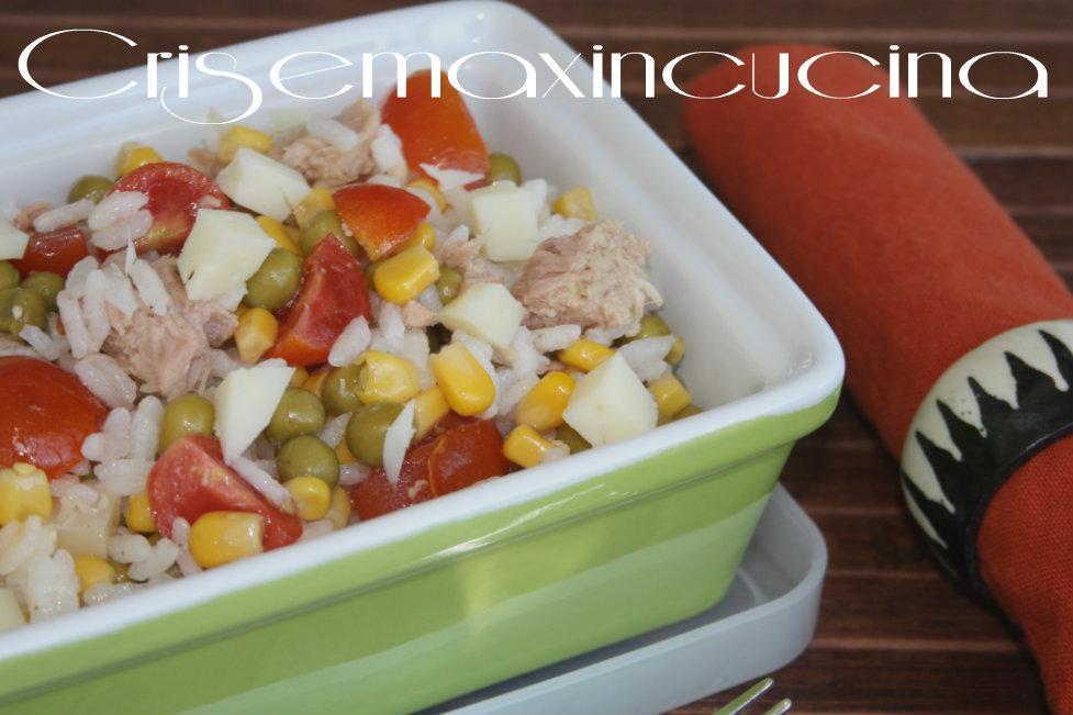 Insalata di riso tonno e piselli, ricetta veloce