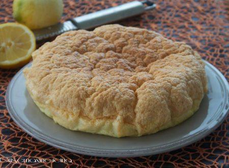 Torta al limone, ricetta light di Evelina Flachi