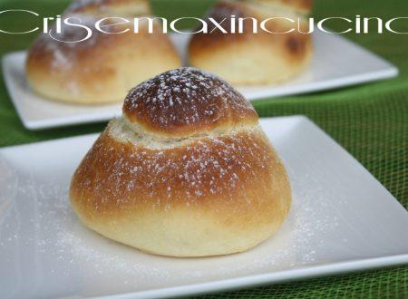 Brioche col tuppo, ricetta siciliana
