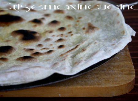 Piadine sfogliate con farina di semola, ricetta con esubero di lievito madre
