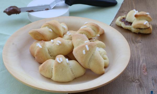 Croissant con esubero di lievito madre, ricetta lievitata