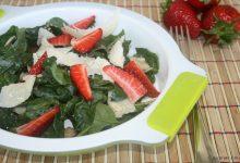 Insalata di spinaci e fragole, ricetta leggera