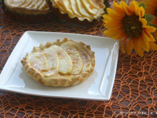 Crostatine vegane con le mele