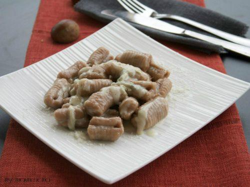 Gnocchi di castagne alla gorgonzola