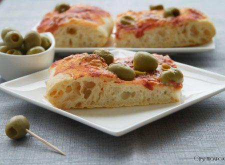 Pizza alle olive con lievito madre
