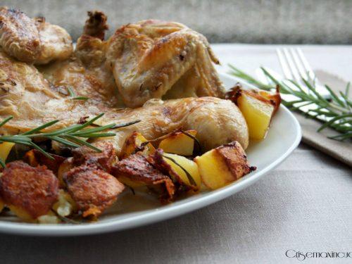 Pollo aperto al forno con patate