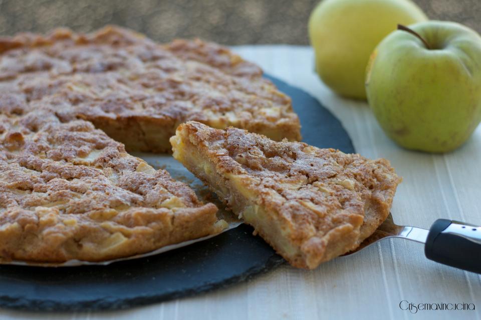 Torta di mele, ricetta facile e veloce senza burro e uova