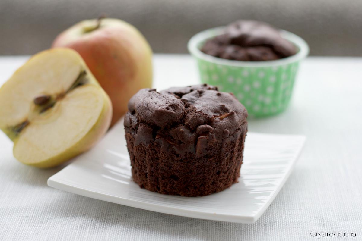Muffin Vegani al Cioccolato e Mele, Ricetta Facile e Veloce
