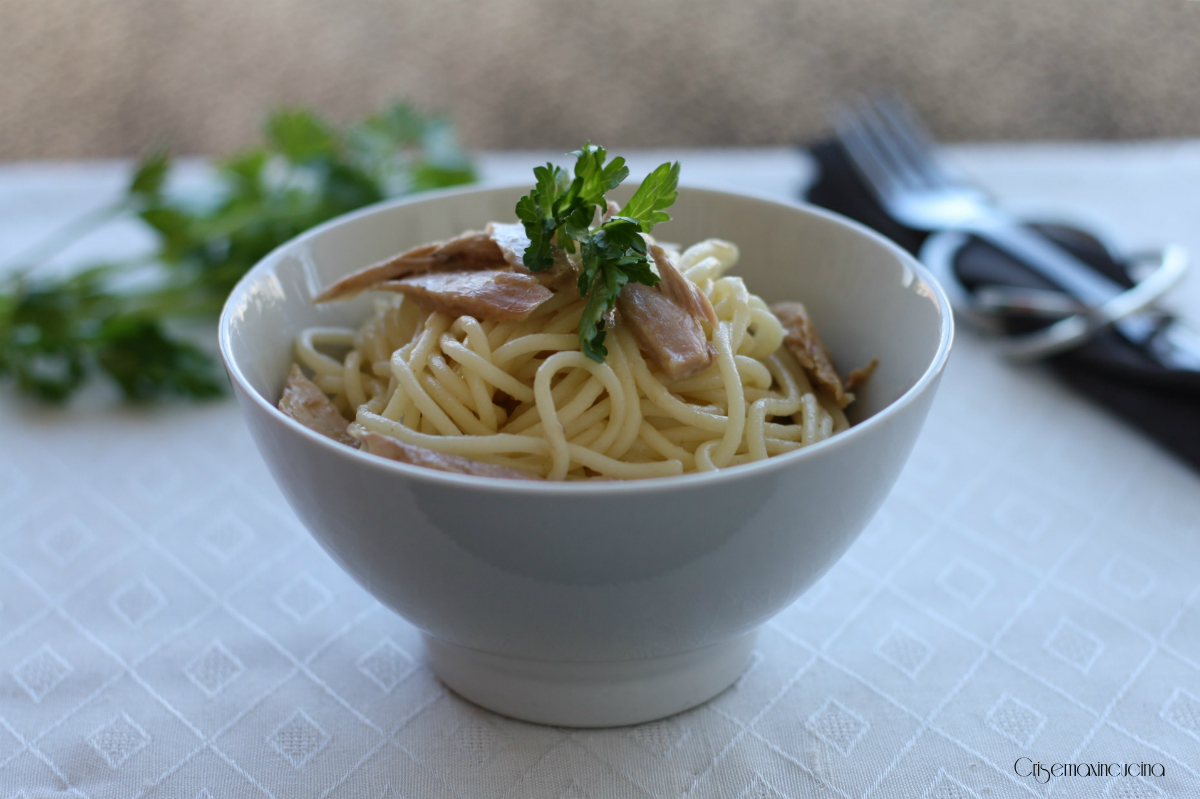 Spaghetti con ventresca di tonno, ricetta veloce