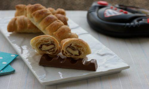 Bauletti di pasta sfoglia con il cioccolato