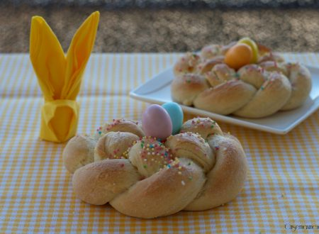 Nidi lievitati di Pasqua, ricetta golosa e raffinata