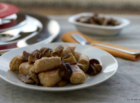 Salsiccia con misto di funghi, ricetta con il Magic Cooker
