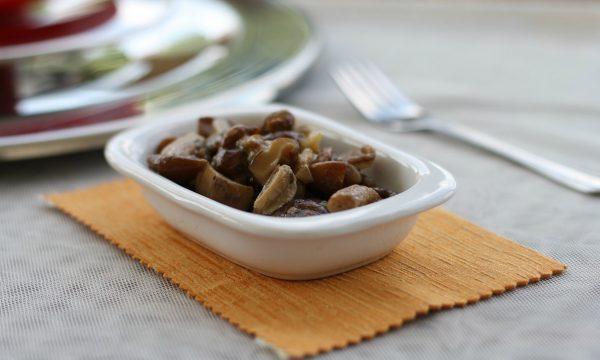 Funghi in padella con Magic Cooker, ricetta facile e veloce