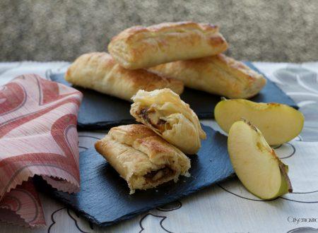 Bauletti di sfoglia con mele e nutella, ricetta veloce