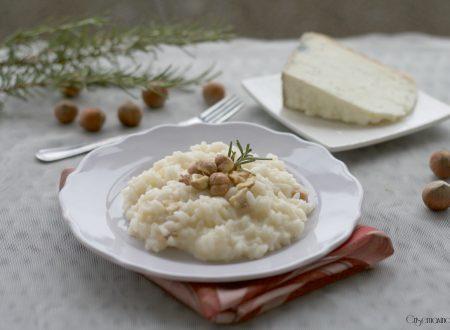 Risotto castelmagno e nocciole, ricetta gustosa