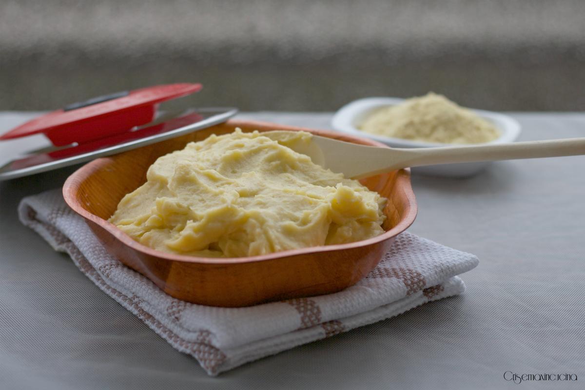 Polenta con Magic Cooker, ricetta base