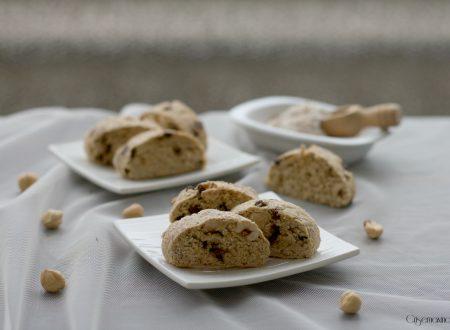 Cantucci integrali con gocce di cioccolato, ricetta golosa