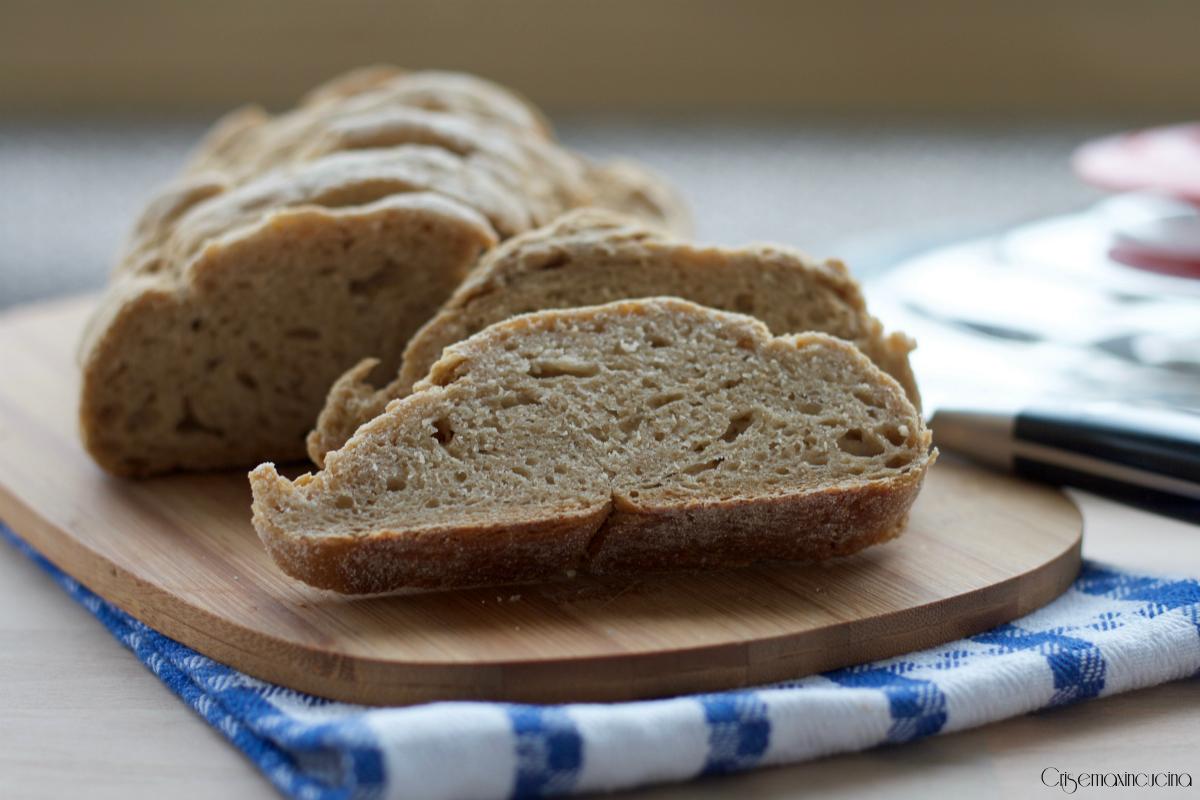 pane rustico con esubero di licoli