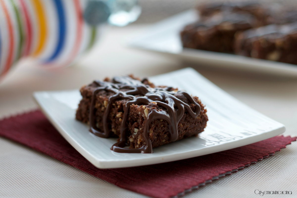 brownies alla frutta secca e crema caffè