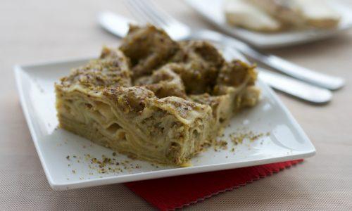 Lasagne al pesto di pistacchi e taleggio, ricetta raffinata