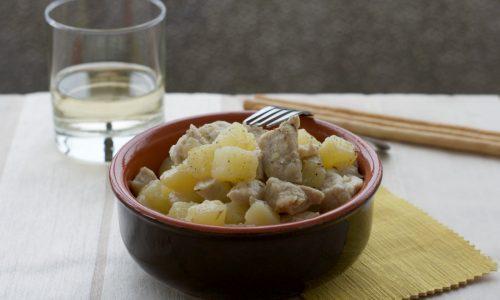 Bocconcini di pollo con le patate, ricetta facile e gustosa