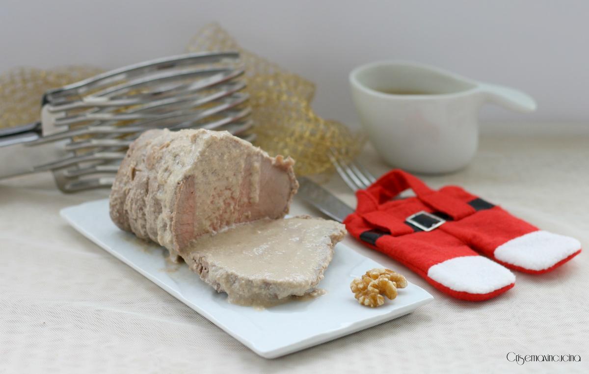 Arrosto di vitello al latte e noci, ricetta facile e raffinata