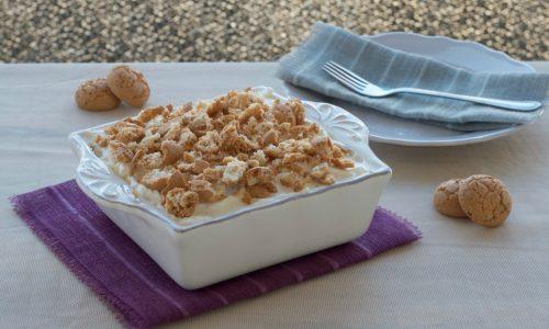 Tiramisù agli amaretti, ricetta dolce senza uova nella crema