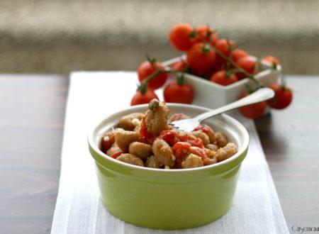 Gnocchi integrali con pomodorini e capperi, ricetta veloce