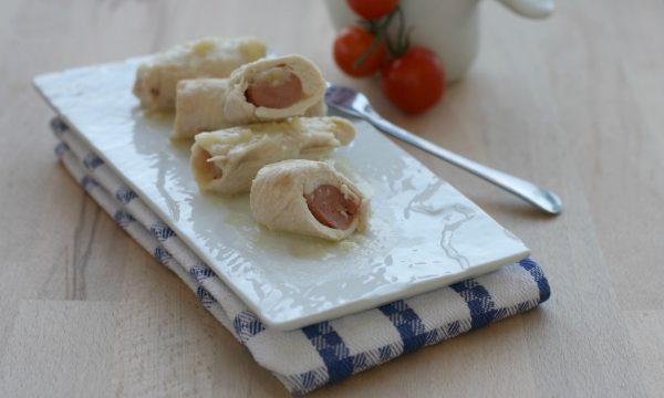 Rolatine di pollo con würstel e formaggio, ricetta sfiziosa