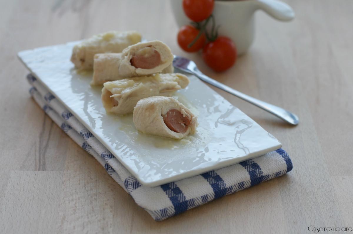 rolatine di pollo con wurstel e formaggio