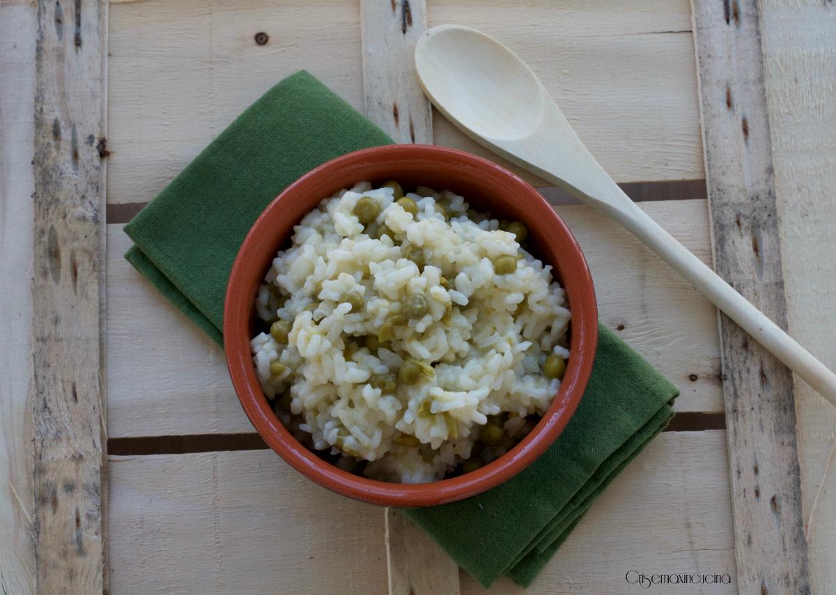 Risotto con i piselli, ricetta facile e veloce con Magic Cooker