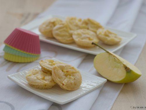 Frittelle di mele al forno, ricetta light facile e veloce