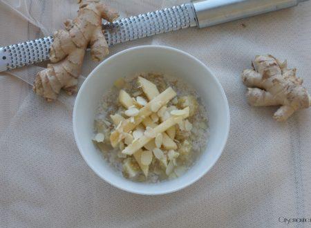 Porridge di quinoa con mele e zenzero, ricetta della prima colazione