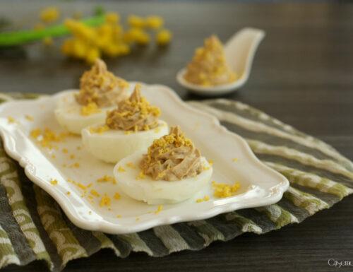 Uova mimosa  light, ricetta con tonno e yogurt