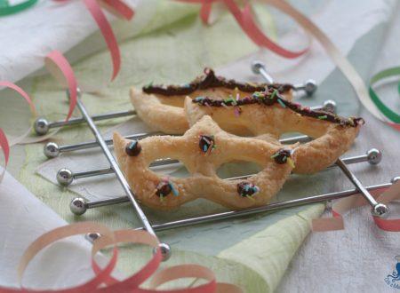 Maschere di pasta sfoglia con la nutella, ricetta di Carnevale