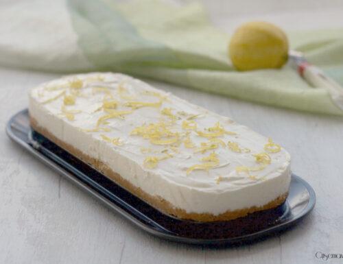 Cheesecake al limone, ricetta fresca e profumata